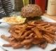 Burger vegan chez Lia's Kitchen à Berlin