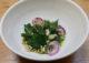 1er bol : brocoli, radis, sarrasin grillé et jus vert chez San Gent