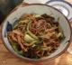 Nouilles sautées végétariennes au restaurant Petit Bao à Paris